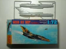AGA model kit MiG 21 MF Fishbed J  1:72  NIB