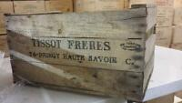 VINTAGE WOODEN PRE WAR APPLE FRUIT CRATES RUSTIC OLD BUSHEL BOX SHABBY CHIC