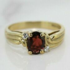 9ct Yellow Gold Garnet Solitaire Ring (Size P)