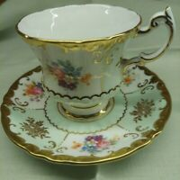 Antique Paragon Fine Bone China,  Her Majesty The Queen,  Teacup and Saucer