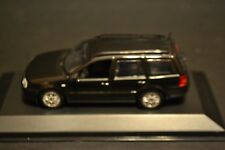 VW Golf Variant IV 1999 Minichamps Dealer Edition in scale 1/43