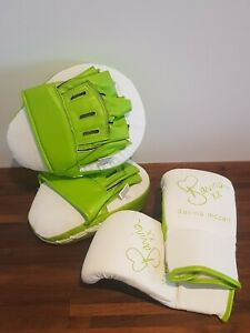 Davina McCall Ladies Boxing Gloves And Pads Fitness Training