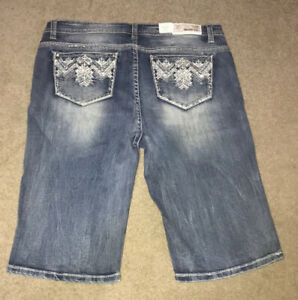 Grace in LA Jean Bermuda Shorts plus 20 NWT
