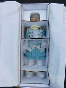Donna RuBert Rustie's Unique Designs Gwendolyn Limited Edition Porcelain Doll