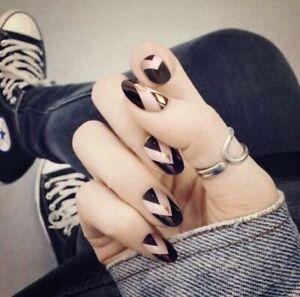 ☆NEW☆ Campsis Oval False Nails Geometric Design Black & Pink