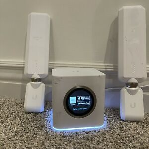 Ubiquiti Labs Amplifi HD Mesh WiFi System with Meshpoints. Ready to ship!