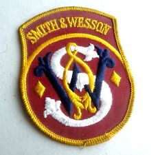 VINTAGE WOVEN PATCH SMITH & WESSON GUNS  RIFLES