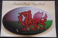 Galés Rugby Bola hecho a mano de madera novedad clave rack hecho en el Reino Unido