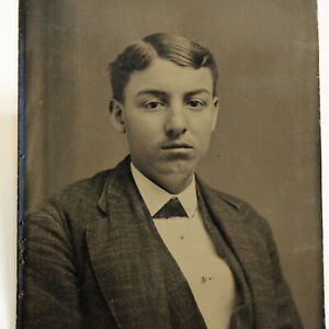 Antique TINTYPE PHOTOGRAPH 1/6 Sixth Plate Young Man Boy Suit Jacket
