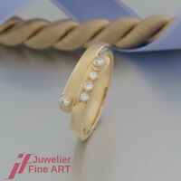 Ring - Brillantring mit 5 Brillanten (Diamant) ges.ca.0,12ct - 18K/750 Gelbgold