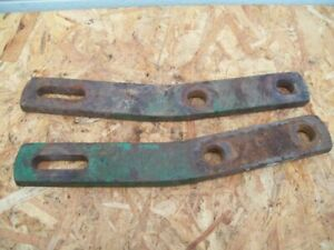 John Deere BW , BWA Disc , Pair of Used Disc Scraper Mounting Bar Brackets