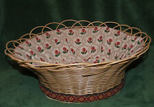 Vintage basket Wicker basket for sewing /  storage basket 1970's beautiful