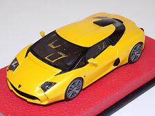 1/43 Looksmart Lamborghini 5-95 by Zagato in Matte Yellow on Leather Base LS438B