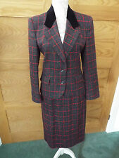 AUSTIN REED WOOL SKIRT SUIT  - SIZE 6 (JACKET)/SIZE 8 (SKIRT)