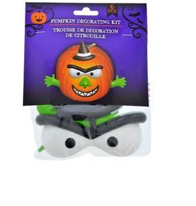 New Halloween Pumpkin Plastic Decorating Kit  ~ Witch