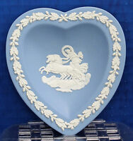 Wedgwood Blue Jasper Heart Trinket Pin Tray 1956 Vintage Excellent Condition