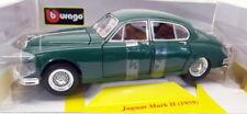 Véhicules miniatures verts cars pour Jaguar