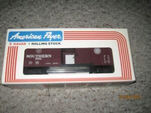 Southern Box Car, Brown, American Flyer, S gauge 4-9704 New in Box