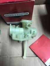 Briggs and Stratton 494775 carburetor , genuine NOS