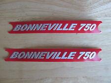 60-4148 TRIUMPH BONNEVILLE 750 RED/SILVER SIDE COVER PANEL BADGE DECAL (PR)