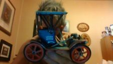 Trade Mark Modern Toys Japan wind-up car in exceptional condition