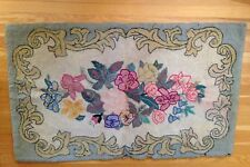"Vintage Antique Folk Art Hooked Rug Floral Design 47"" x 29"""