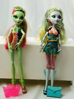 Monster High Doll Venus Mcflytrap And Lagoona Blue Dolls With Accessories