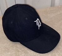 New Era Detroit Tigers Youth Navy Threads 9FIFTY Adjustable Hat