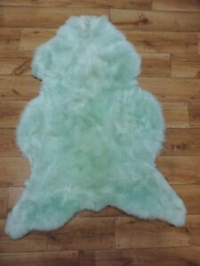 Top XL Eco Sheep Skins Sheepskin Lamb Fur Minz Green Mint Skins New 120 - 130cm