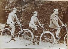 Photo - 1895 / 1900 - 3 hommes à Vélo - Cycle -