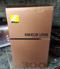 Nikon 300mm F/4 D AF-S Nikkor se ed primo teleobiettivo (ottime condizioni)
