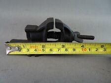HO Train Railroad Accessories Miniature Workbench Cast Metal Vise #I24