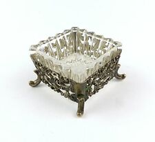 #e7355 Dekorativer Salznapf aus 835 (Ag) Silber mit Füßchen und Glaseinsatz