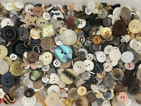 Eclectic Mix 1 lb Of Premium Quality Buttons All Types & Sizes Avg 500 pcs