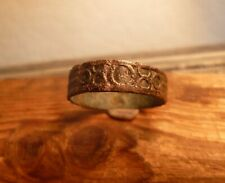 SUPERB LATE MEDIEVAL BAND RING WITH DECORATIONS & PATINA-METAL DETECTING FIND