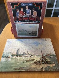 VINTAGE VICTORY WOODEN JIGSAW - 'OLD AND MODERN LONDON COMPLETE -  ORIGINAL BOX