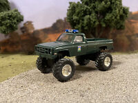 1986 Chevy M1008 4x4 Lifted Custom 1/64 Diecast Truck Off Road 4WD K10 K20