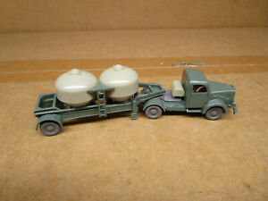 Wiking HO Scale Tractor & Trailer with Cemtent Constainers