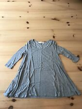 Women's Urban Outfitters Size S Light Gray 3/4 Sleeve T Shirt