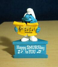 Smurf A Gram Happy Smurfday Birthday Singer Sockel Stand Figure Vintage Schlumpf