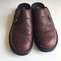 EUC Womens Clarks Slip On Mule Clogs Wedge Heel Brown Leather Shoes Size 10