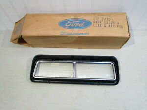 NOS 1971 MERCURY MARQUIS PARKING LIGHT/TURN SIGNAL LENS... NEW IN FORD BOX