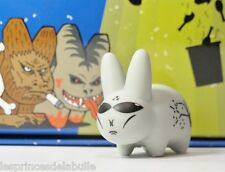 MINI SERIES 6 - LORE OF THE LABBIT - ALIEN ROSWELL  2/25 Figure KOZIK & KIDROBOT