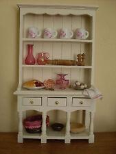 Dollshouse Miniatura ~ Ivory & Mirtillo Rosso ~ CUCINA CREDENZA e accessori