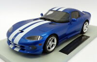 LS Collectibles 1/18 Scale LS016A - 1996 Dodge Viper GTS Met Blue/White Stripes