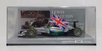 MINICHAMPS 1/43 LEWIS HAMILTON F1 MERCEDES W05 WINNER GP ABU DHABI 2014 + FLAG