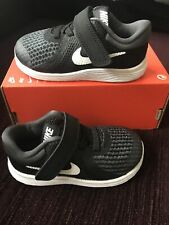NIKE TRAINERS SIZE 5.5 TODDLER. INFANT. BOYS. NEW. FAST DELIVERY.