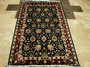 Black Modern Real Art Hand Knotted Fine Carpet (4 x 6)'