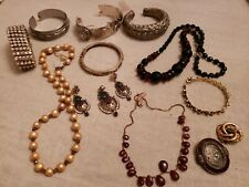 Mixed Lot Of RETRO ARTISTIC COSTUME JEWERLY brooch Braceles Beaded Necklace