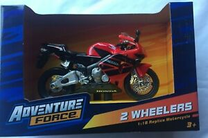 BRAND NEW HONDA CBR 600 RR MOTORCYCLE 1:18 REPLICA TOY BIKE MODEL BY MAISTO